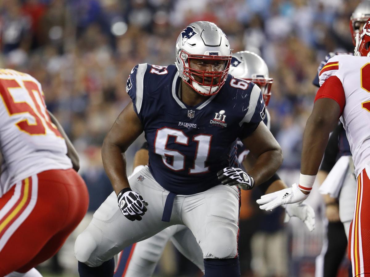 Marcus Cannon Protecting Tom Brady (courtesy the Boston Globe)
