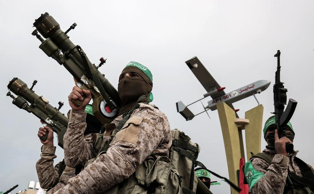 Hamas Terrorist Militant Groups (Picture from: https://www.yahoo.com/news/west-faces-hamas-dilemma-palestinian-reconciliation-deal-005152677.html)