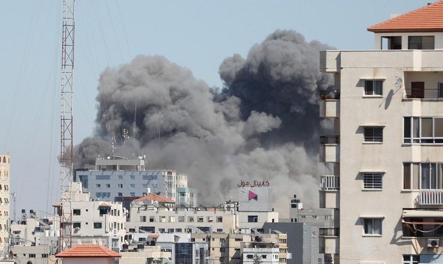 Israel Blows Up AP Building, Hamas Building (taken from: https://thewhistler.ng/israel-airstrike-blows-up-al-jazeera-ap-offices-in-gaza/)